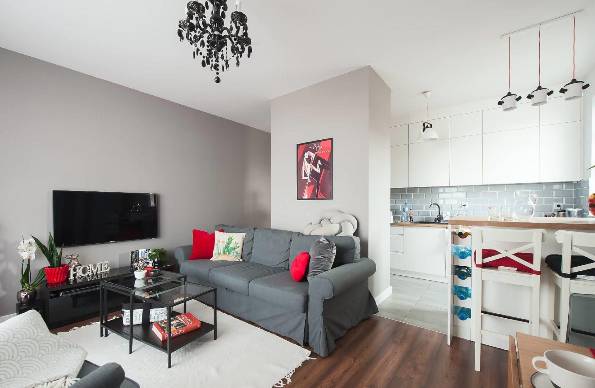 szarość i czerwień - home staging dla domu
